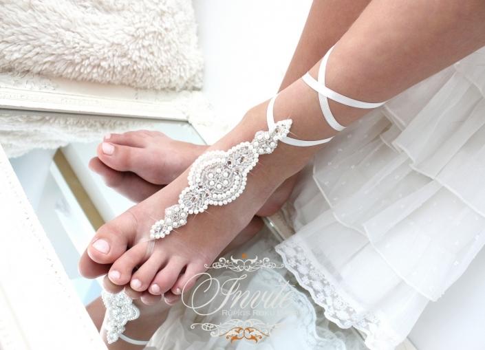 KĀJAS MEŽĢĪNES LĪGAVIŅĀM wedding sandals white pearl